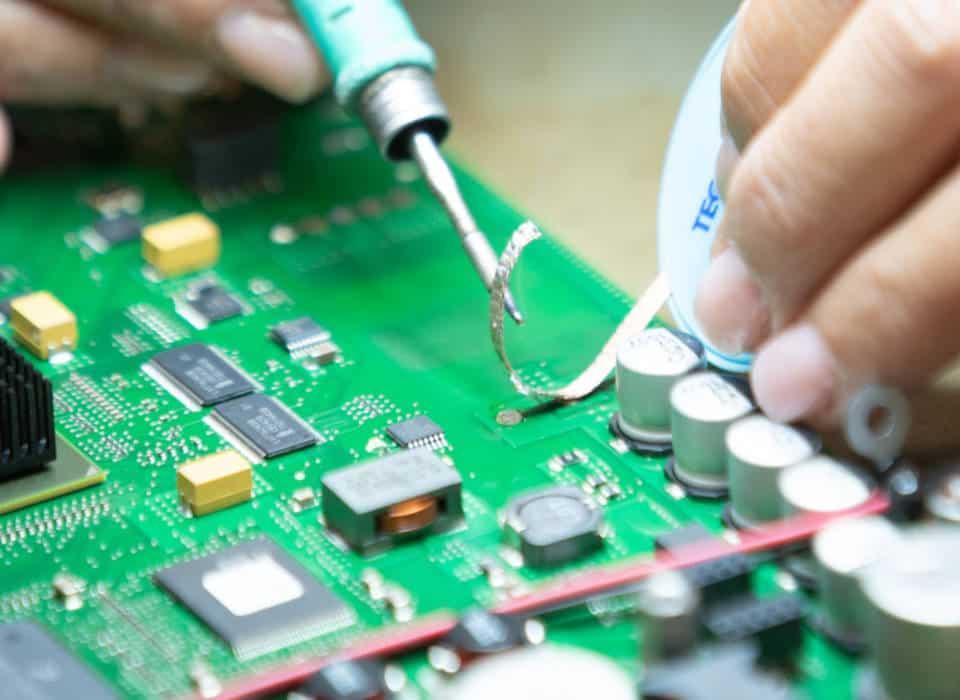 Un componente, infinite applicazioni: le schede elettroniche