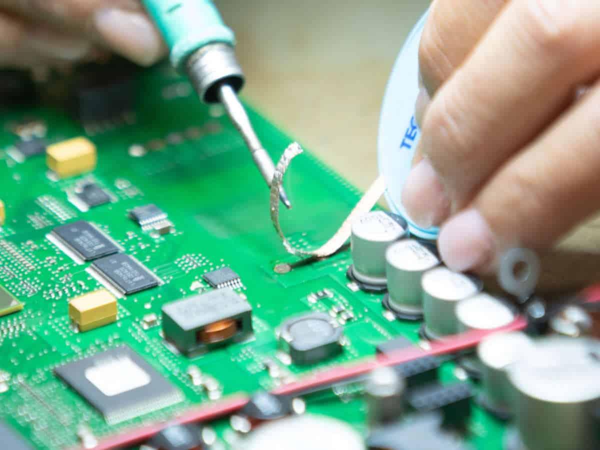 Il ciclo di vita in ingegneria elettronica: sfide e opportunità
